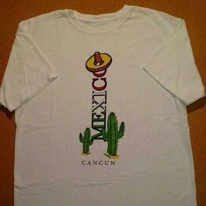 Vintage Cancun Mexico Cactus T-Shirt - Size: L